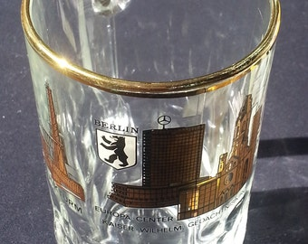 Berlin Beer Mug, Glass with Gold Etching of Berlin Germany Landmarks, Monuments, made in Italy, bier stein