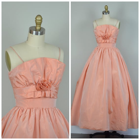 1950s Dress | Gorgeous Peach 50s Gown with Fan Bod