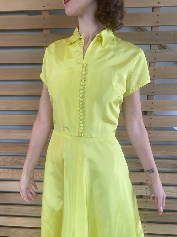 1940s Dress   Vibrant Chartreuse Yellow 40s Gown … - image 3