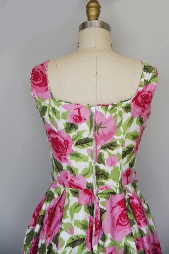 1950s Dress | Lovely 1950s Cotton Rose Print Dres… - image 7