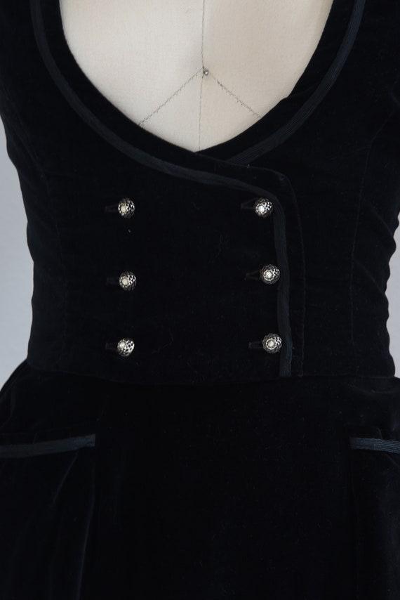 1950s Set   Charming 50s Velveteen Skirt and Vest… - image 4