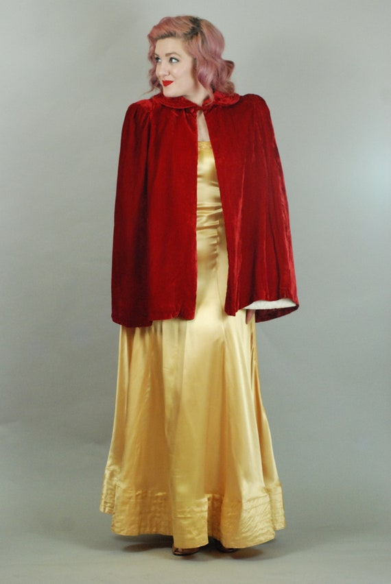SALE - 1930s Cape | 30s Silk Velvet Red Cape with… - image 3