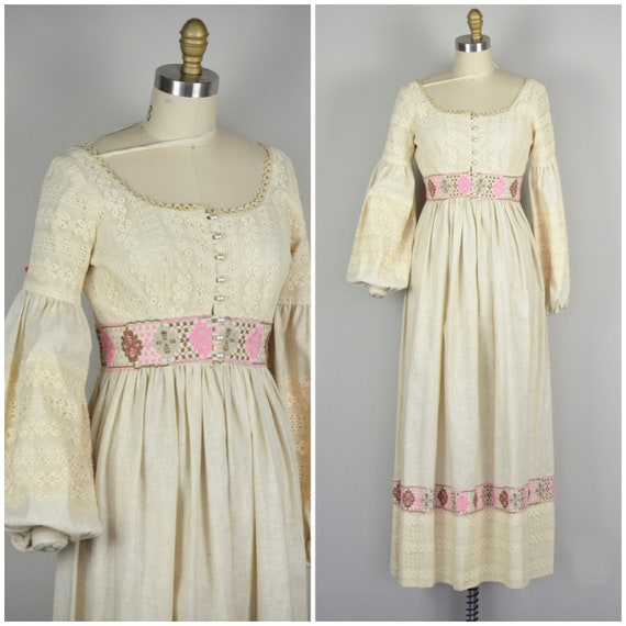 1970s Dress | Lovely 70s Prairie Dress with Button