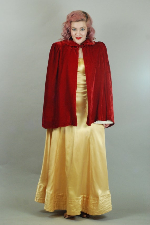 SALE - 1930s Cape | 30s Silk Velvet Red Cape with… - image 2