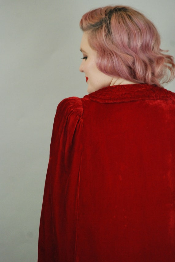SALE - 1930s Cape | 30s Silk Velvet Red Cape with… - image 10