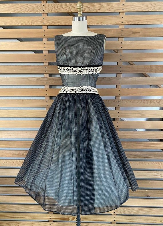 1950s Dress   Fantastic 50s Black and White Dotte… - image 2