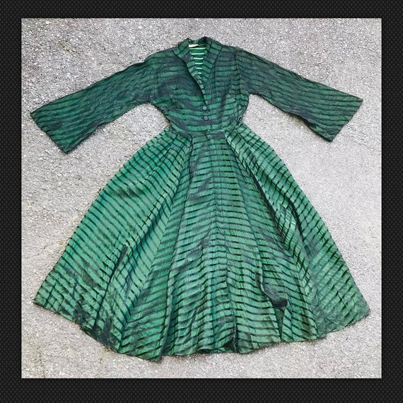 Vintage 1940s 1950s Hostess Gown Dress Green Black