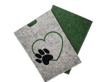 Pet PASSPORT - Vaccination passport - Paw - Heart - green
