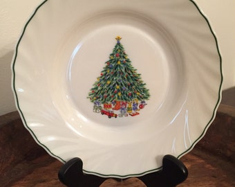 "Vintage Noël Porcelle 9"" Soup Bowl Designed by House of Salem with Christmas Tree Pattern"