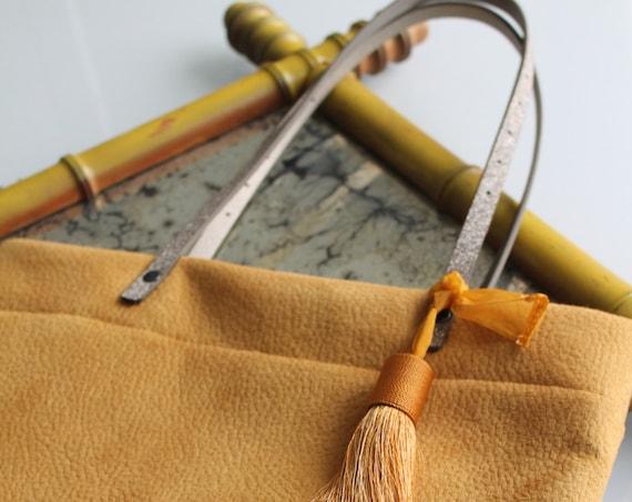 Sac à main femme, cabas, tote bag revisité, jaune et chocolat, effet cdaim, cadeau pour elle, sac porté épaule, sac en liège