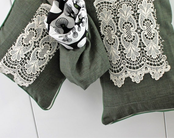 Green and black two-sided cushion - Cillia RAMNEK designer fabric 2008 / unique creation for green decoration, COUS150238