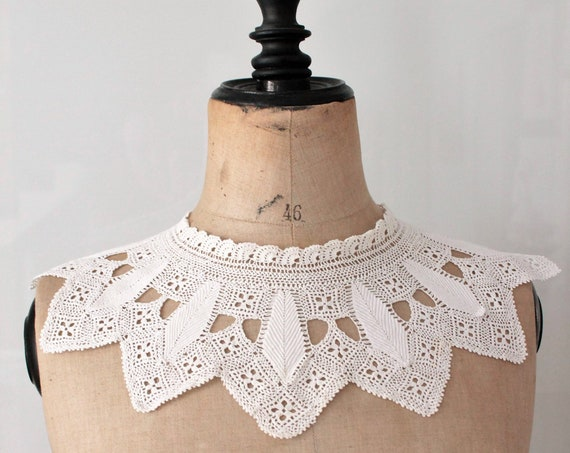 Vintage collar handmade crocheted collar in cotton, vintage, white collar fashion accessory, collar of ceremony, COL181433