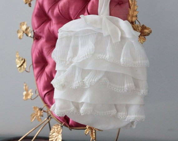 Old chaplain in white linen Baptist, wedding accessory, christening accessory, small white bag, small ruffled purse,