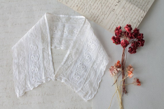 Col ancien en dentelle, fait main, accessoire ancien, mode ancienne, col de mariage, accessoire babydoll, COL191829