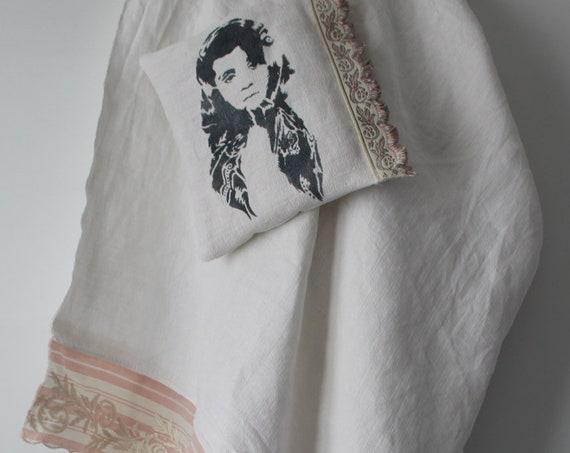 Linen Tablecloth / antique linens / boho chic style / france fabrics, 198 cm x 133 cm
