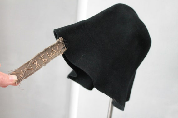 Old black French hat, old black felt, early 20th century, hat shell, CHAP181444