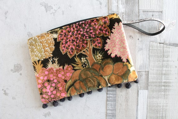 Clutch, pouch, Tablet, gift for her, Christmas gift, unique gift, unique Creation, makeup, purse Organizer