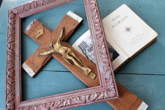 Crucifix and Roman Missal, Christ on cross, religious, wood and mother of Pearl cross, INRI, old Missal, RLG170879 plate