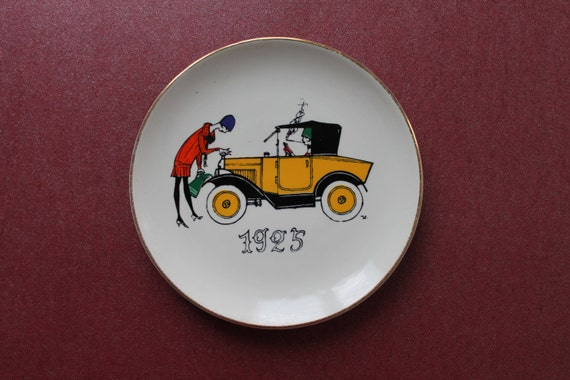 Decorative vintage plate from Jacques CHIRROZ France, wall decoration / rare plate / collector