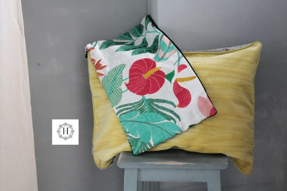 Embroidered floral cushion in velvet, green velvet cushion, boho chic cushion, unique cushion, gift for her, tropical flowers cushion,