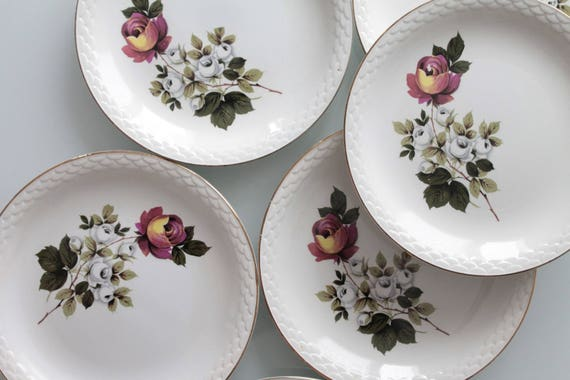 6 cosy chic french vintage plates, DIGOIN, SARREGUEMINES France, french vintage dinnerware, dinnerset with flowers