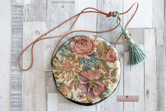 Small Round Shoulder Bag, Clutch, Gift for Her, Unique Gift, Unique Creation, small bag with flowers