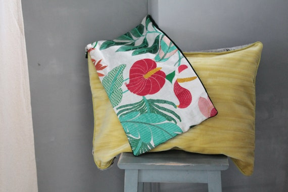 Floral cushion embroidered in velvet, green velvet cushion, chic boho cushion,unique cushion,gift for her,tropical flowers cushion,