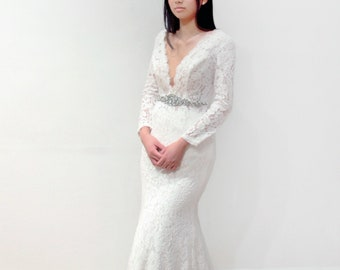 Long Sleeve Lace Plunging V Neck Mermaid Wedding Dress