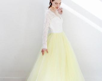 Long Sleeve V Neck Yellow Organza Ballgown Wedding Dress