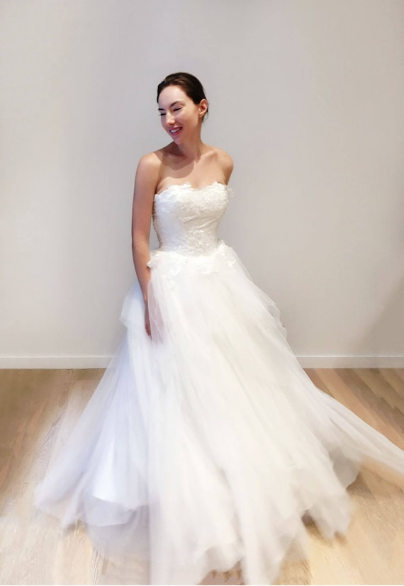 Airy Light Strapless Lace Layered Ball Gown Wedding Dress