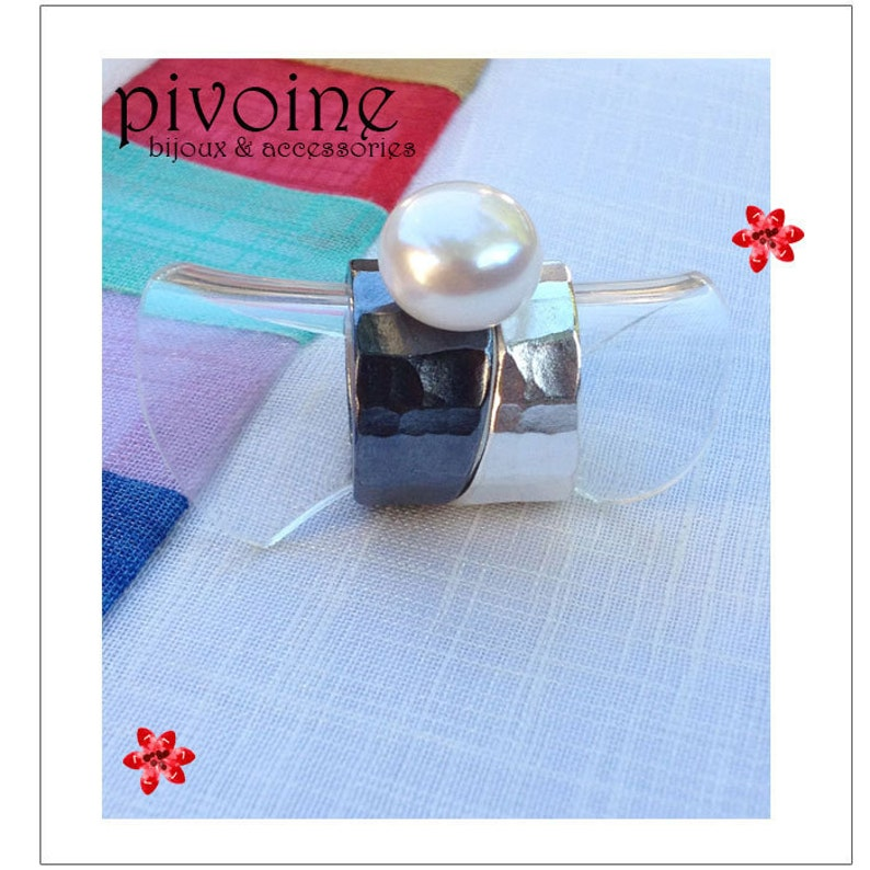 Contemporary jewellery Double black silver and matte silver ring with pearl Mother/'s Day Handcrafted jewellery PIVOIN Gift for Her