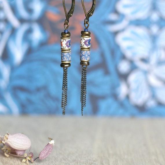 Boucles d'oreilles longues, perles à motifs bleus et violets 'Luzule'
