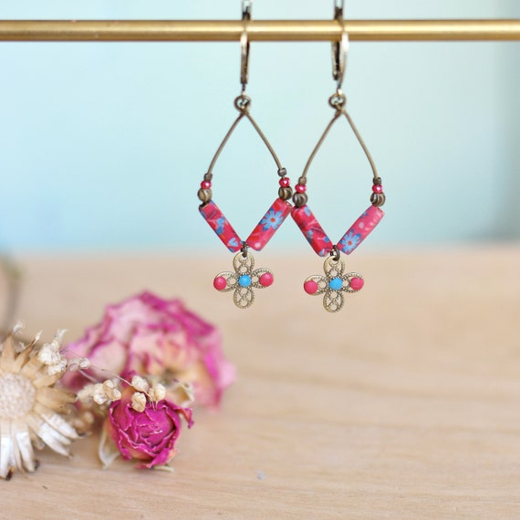 Dangling boho earrings with blue and pink floral motifs, 'Elodee' collection
