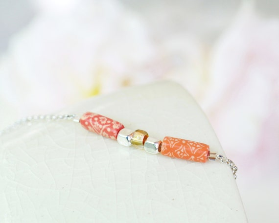 Minimalist bracelet 'Pimpinella', sterling silver, pink and coral-colored long beads