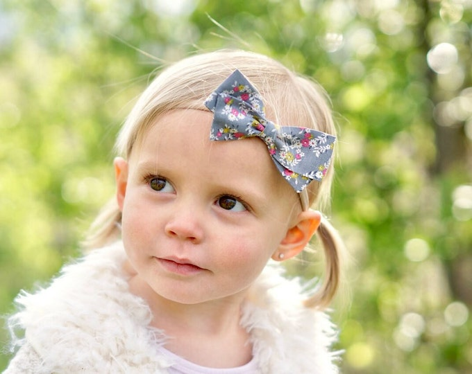 Gray Floral Hair Bow - Nylon Headband bows or Hair clips - Fabric Bows For Girls