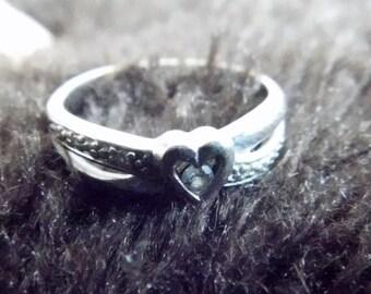 10k yellow gold diamond heart ring - Size 7 approximately.