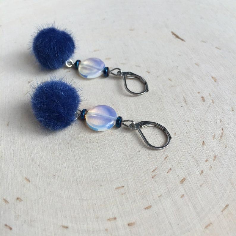 Model Lewiston Earrings earrings Moonstone.