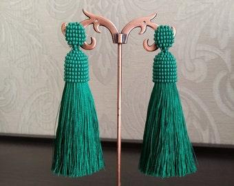 Green tassel earrings, Green earrings, Beaded tassel earrings, Long tassel earrings, Long earrings, Oscar de la renta earrings