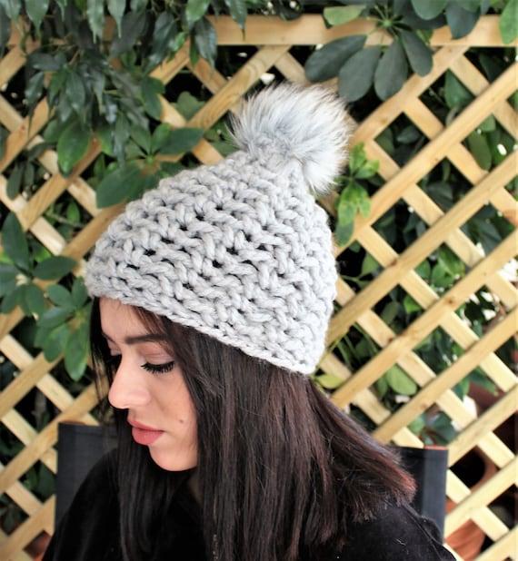 Berretto di pom pom Crochet beanie cappello Beanie mano  952d7202dd8c