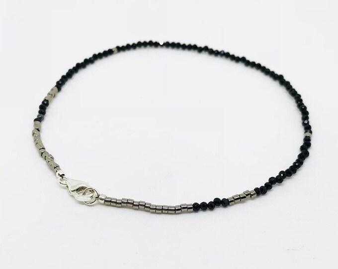 Tiny onyx bracelet