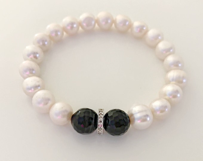 White pearl, black onyx and 0.22 pave diamond bracelet