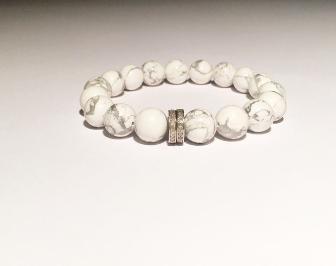White howlite and 0.44 carat DIAMOND bracelet
