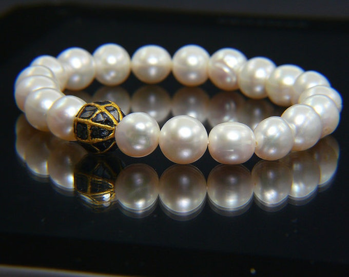 White freshwater PEARL and 1.00 carat DIAMOND BRACELET