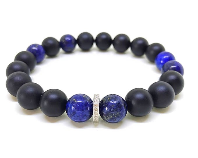 Blue lapis, black onyx and 0,22 carat diamond bracelet