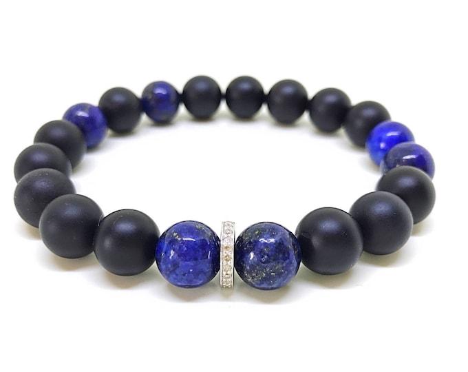 Blue lapis, black onyx and 0,22 carat diamond bracelet