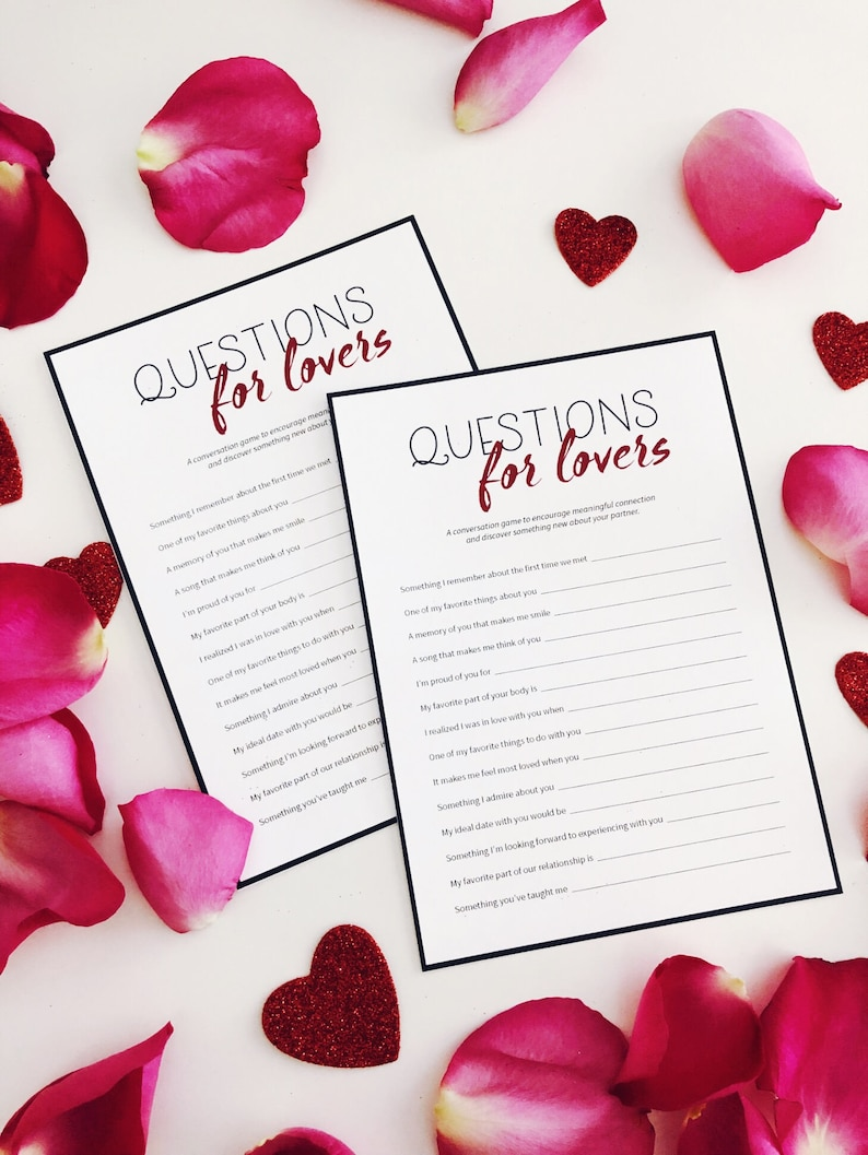 Questions for Lovers  Anniversary Gift  Print and Play with image 0