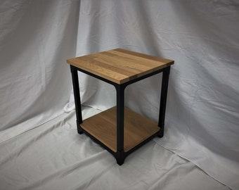 Putnam Industrial End Table / Wood & Metal Minimalist Side Table / Hardwood Nightstand
