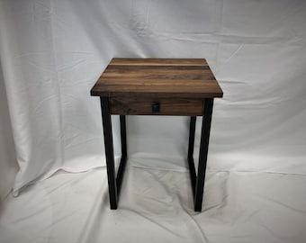 Turner Minimalist Side Table / Industrial End Table / Solid Hardwood