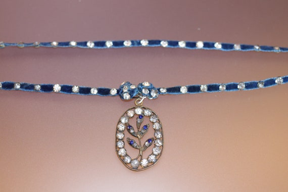 Edwardian Blue Velvet and Paste Necklace/Neckband,