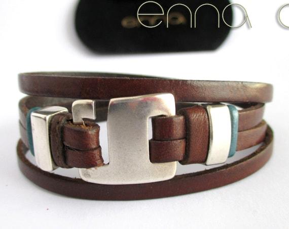 Double brown leather bracelet N 3.